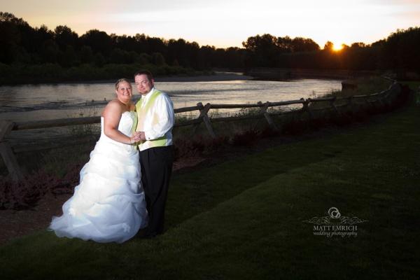 Wedding photographer Eugene Oregon, Portland wedding photographer