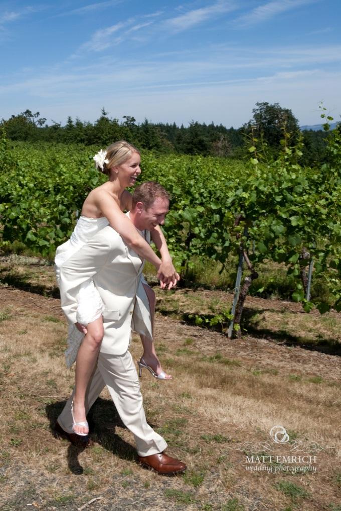 Beckenridge Vineyards wedding, Matt Emrich Photo