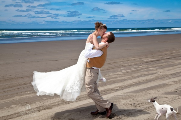 Oregon coast wedding photographer, Matt Emrich Photo