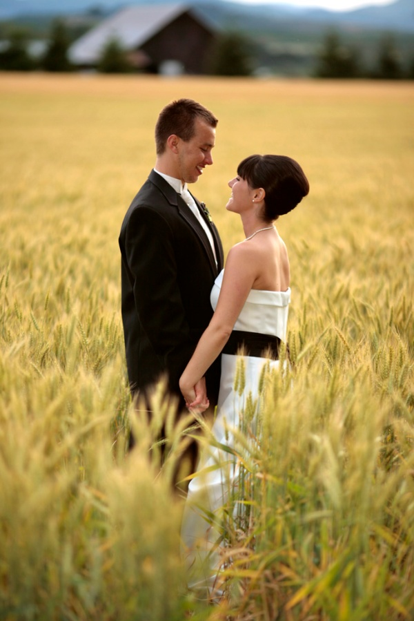 Matt Emrich Photo, Eugene wedding photographer