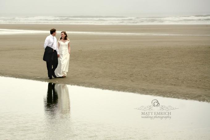 Oregon coast wedding photographer, Matt Emrich Photo