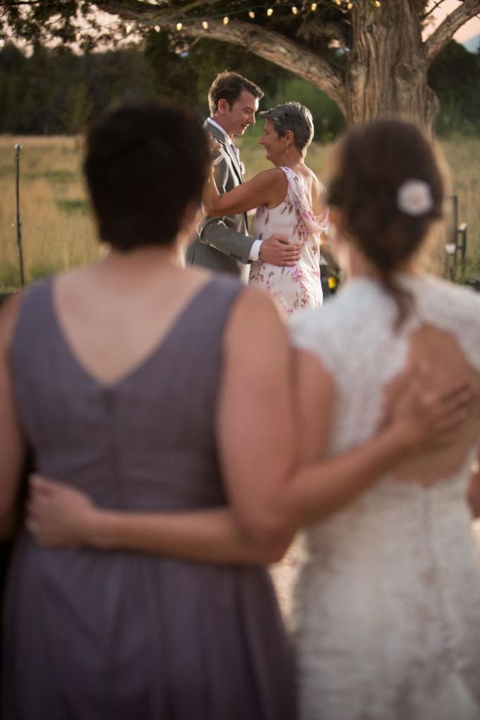 wedding photographers Bend Oregon