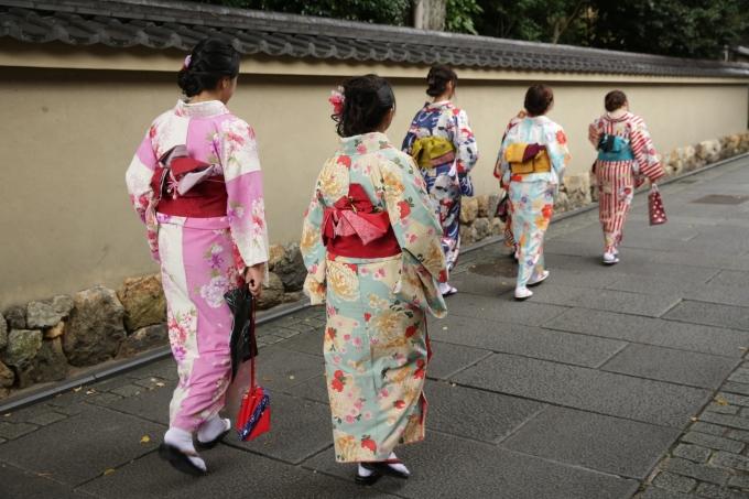 Kimono crowd