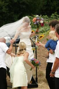 Outdoor wedding, Eugene wedding photographer, Matt Emrich Photo